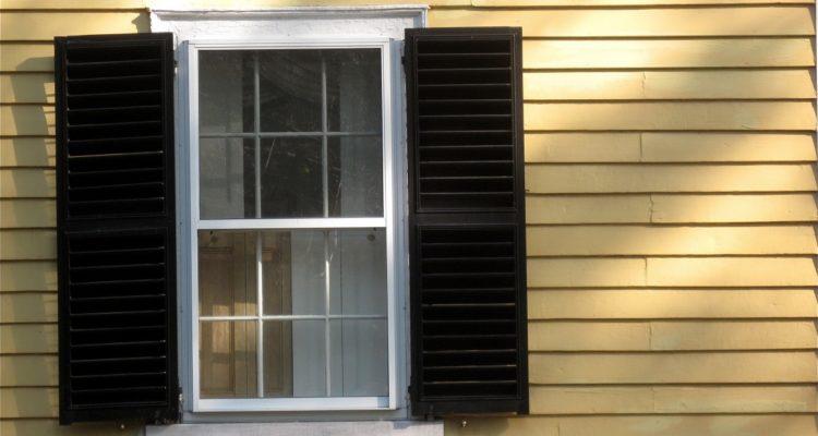 Les volets sur les maisons sont-ils démodés ?